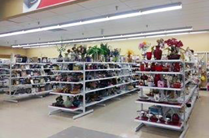 Savers Lomita Location Image